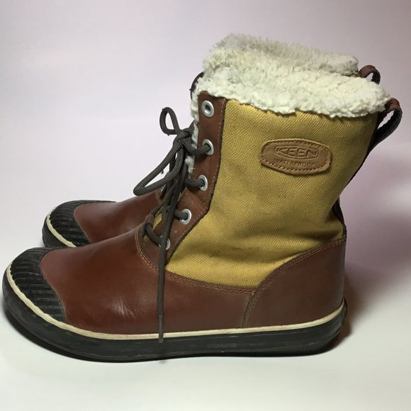 Keen Woman's Elsa Boots Water Proof Leather 10 EUC